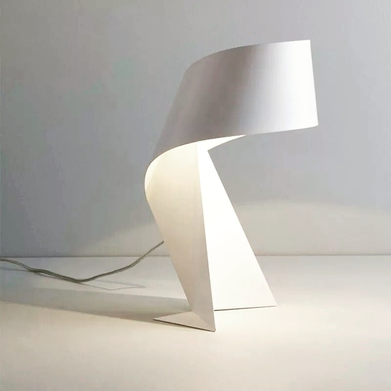 Luminosity led table lamp