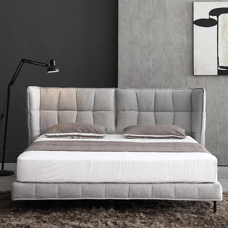 Le classical bed