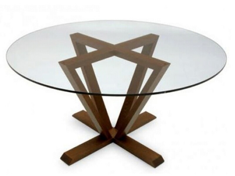 Prismo dining table