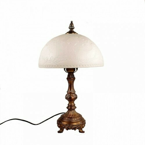 Лампа с плафоном