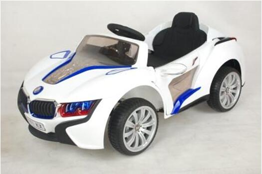 Электромобиль RiverToys BMW I8 E008KX с дистанционным управлением