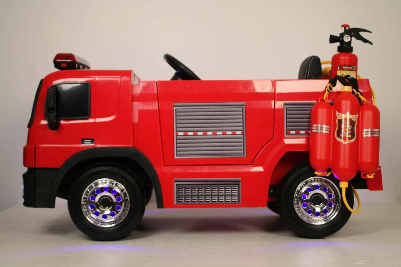 Детский электромобиль RiverToys A222AA пожарная машина с пожарной эпикировкой