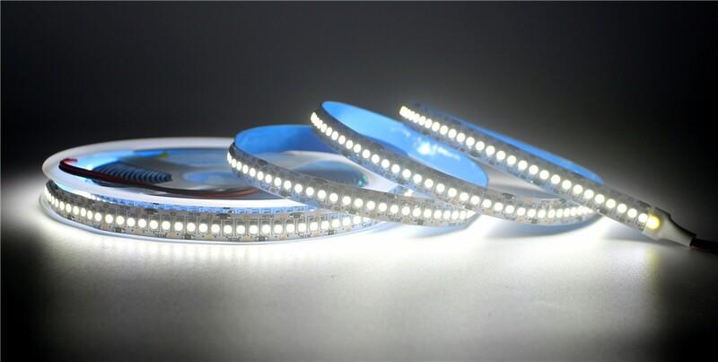 Светодиодная лента 240 светодиодов