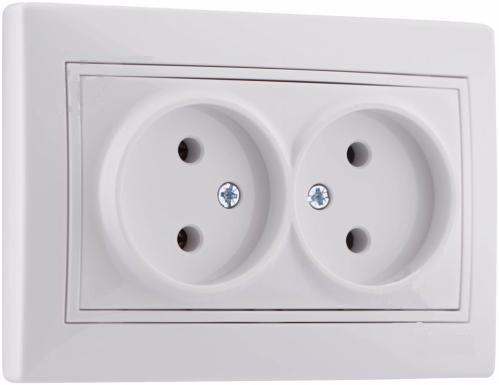 Электрическая розетка двойная без заземления
