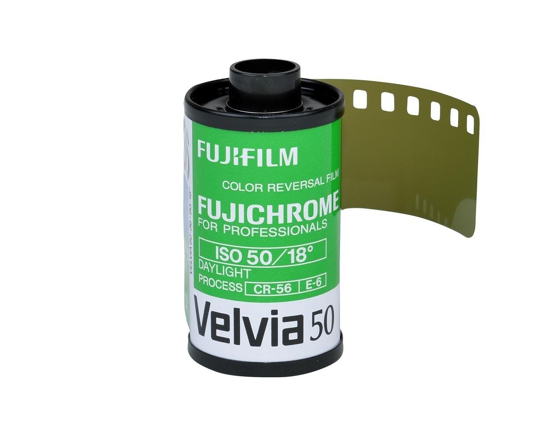 FUJIFILM Velvia 50 RVP, 135-36 NEU MHD 01/2021 Im Zulauf