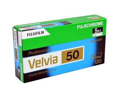 FUJIFILM Velvia 50 RVP, Format 120 Rollfilm expired 10/2020