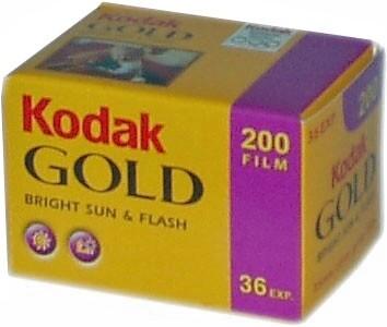 Kodak GOLD 200 Color Negative Film 135-36 expired 12/2021