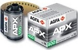 AGFA APX 400 135-36 - (New emulsion) ISO 400 photographic film for black and white paper images - expired 07/2024