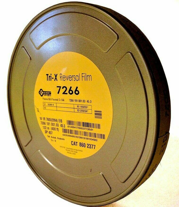 Kodak Tri-X Schwarz-Weiss-Umkehrfilm #7266 (16mm, 122m Rolle, Single Perf)