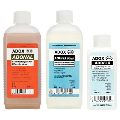 Kit consisting of ADOX RODINAL 500 ml concentrate + ADOX ADOFIX Plus express fixative 500 ml concentrate + ADOX ADOFLO II wetting agent 100 ml concentrate