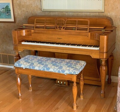 Weaver Spinet Piano Curly Maple VERTI MIGNON