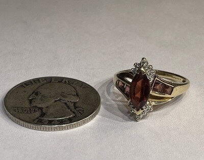 10k Gold, Garnet & Diamond Ring SZ 7.25