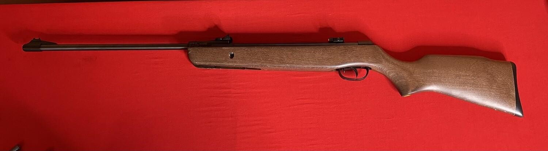 Gamo Hunter 220 .177 Pellet Air Rifle