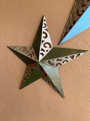 Medium green & metal colored star outdoor wall art Decor