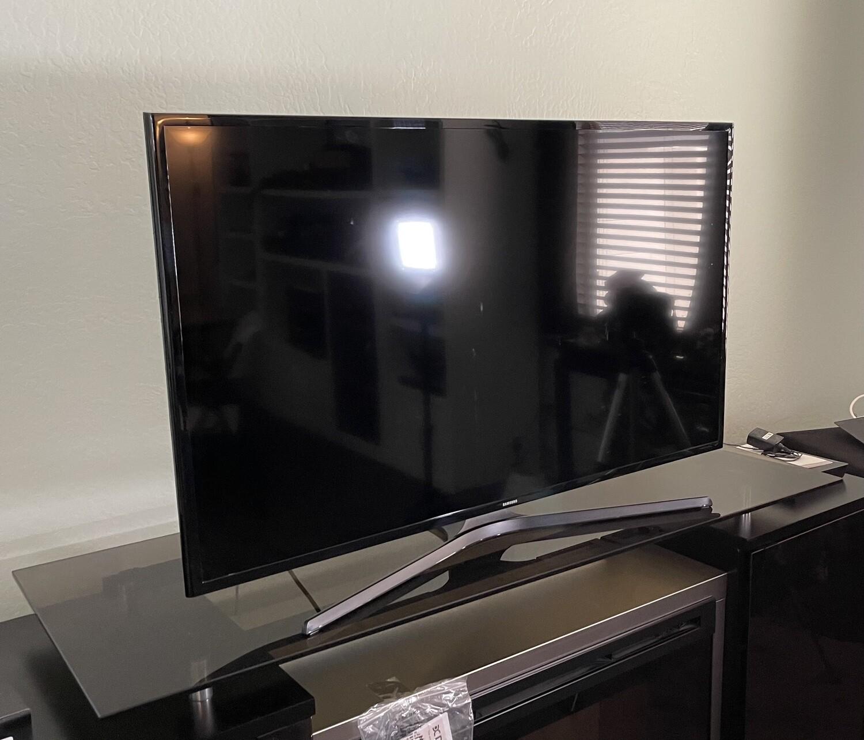 Samsung 48IN 1080P SMART HD TV UN48J520DAF
