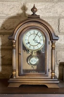 Schmeckenbecher Clock