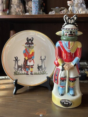 VINTAGE Ezra Brooks  The Antelope 1974 Whiskey Decanter and Plate