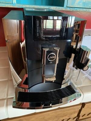 Jura E8 Espresso Machine with Cool Control Milk Cooler