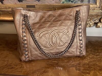 Authenticated CHANEL Chain Matelasse Soft Caviar Skin Leather Tote Bag Metallic Copper