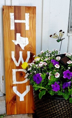 WOODEN HOWDY PORCH SIGN