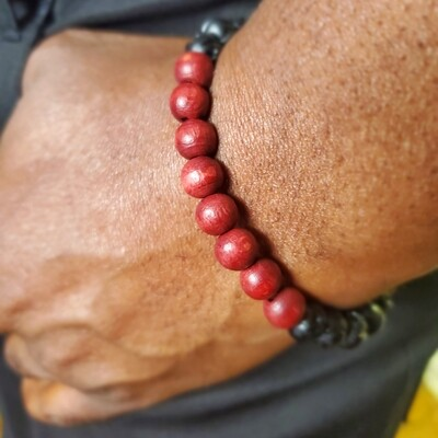 Men's Beaded Bracelet, Mahogany Wood Bracelet, Wood Stretch Bracelet