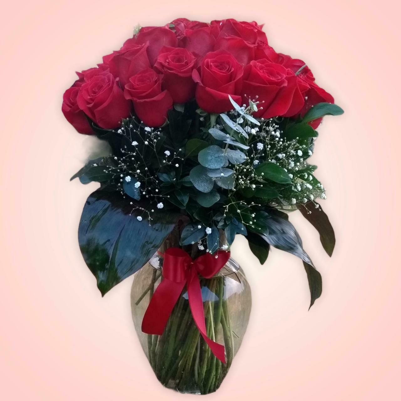 24 rosas en jarrón - clásico de amor
