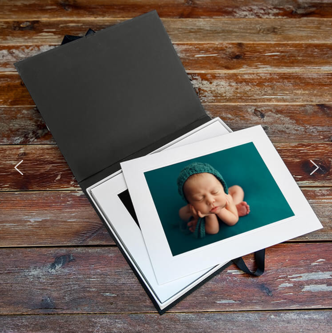 Newborn Session products: Beautiful Photo Print Box with 10 Mounted prints
