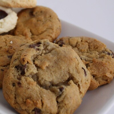 ​Chocolate Chip Cookies (Half Dozen)