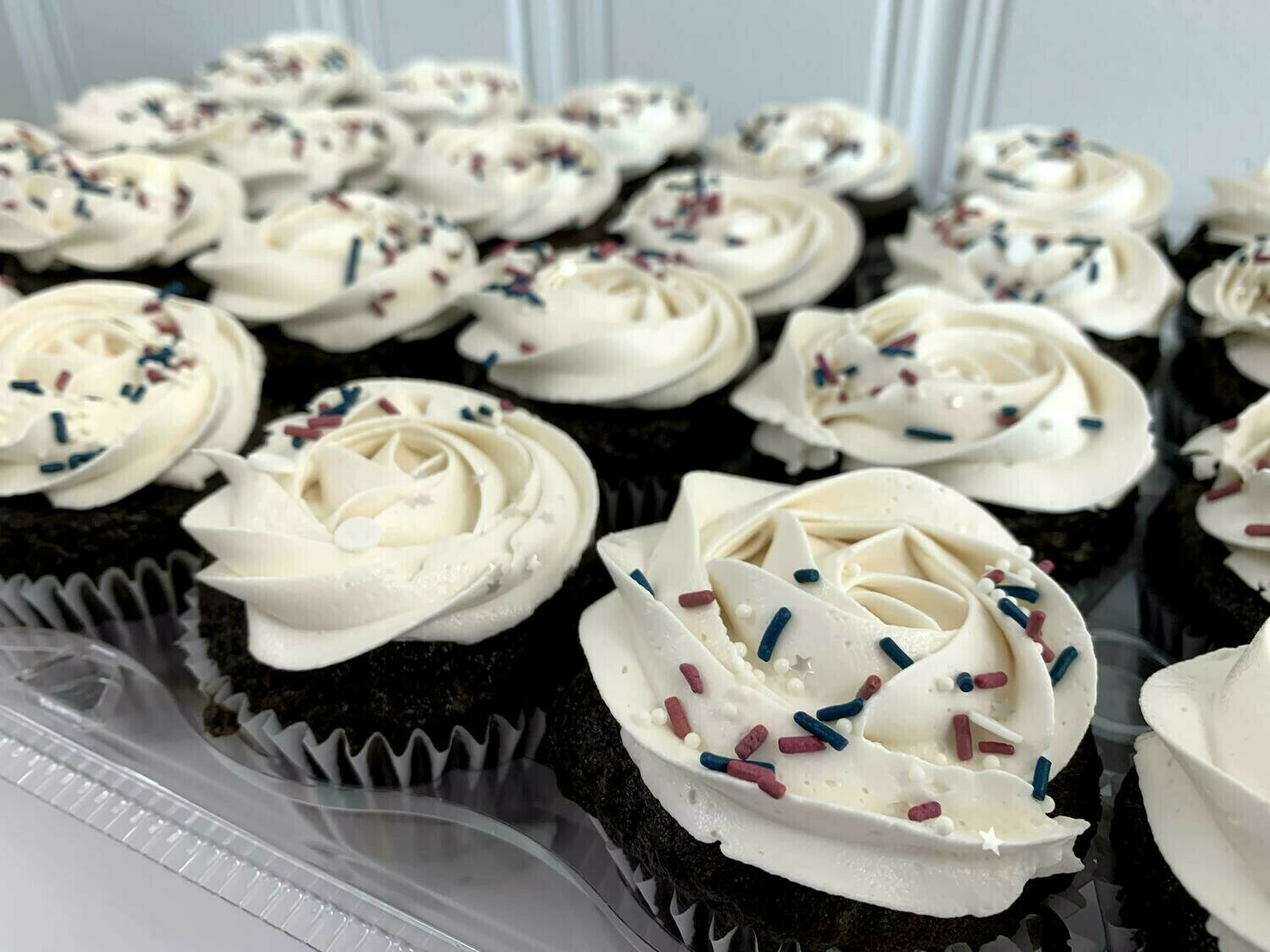 Dairy-Free Cupcakes (Half Dozen) - THXGIVING ONLY FOR 11/24 or 11/25