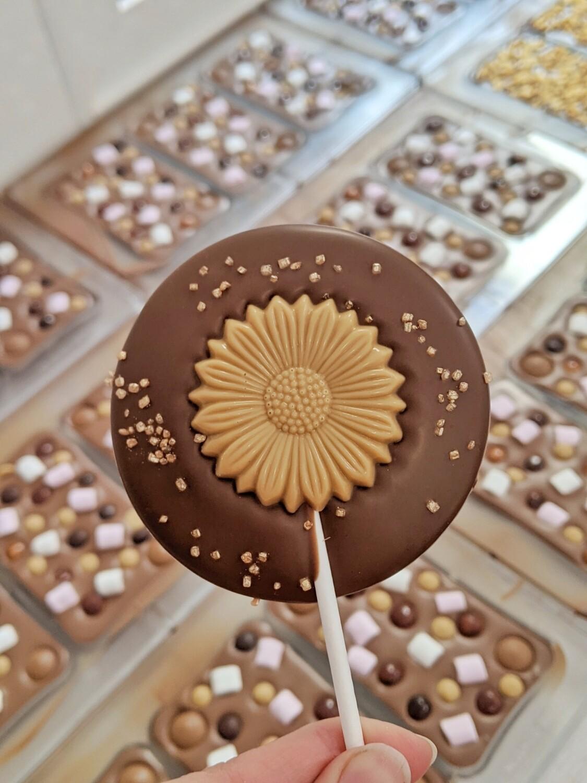 Golden Caramel Flower Lolly