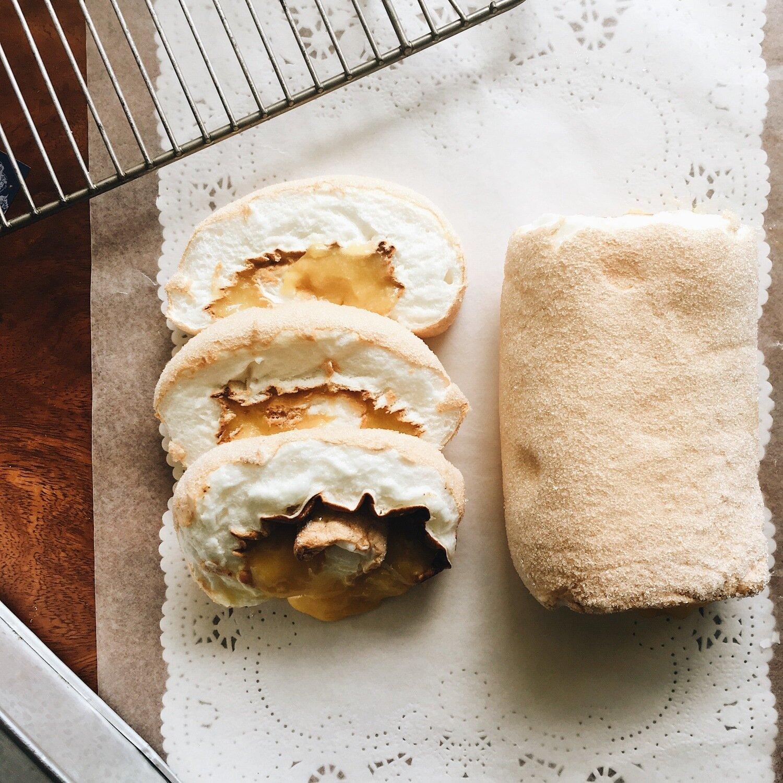 Vargas Kitchen Brazo de Mercedes (Half)