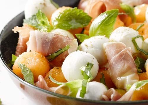 Slaatje met Italiaanse ham en meloen / 1 persoon