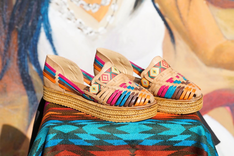 843-01 Huarache Pride