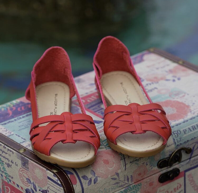 069-04 Sandals Red