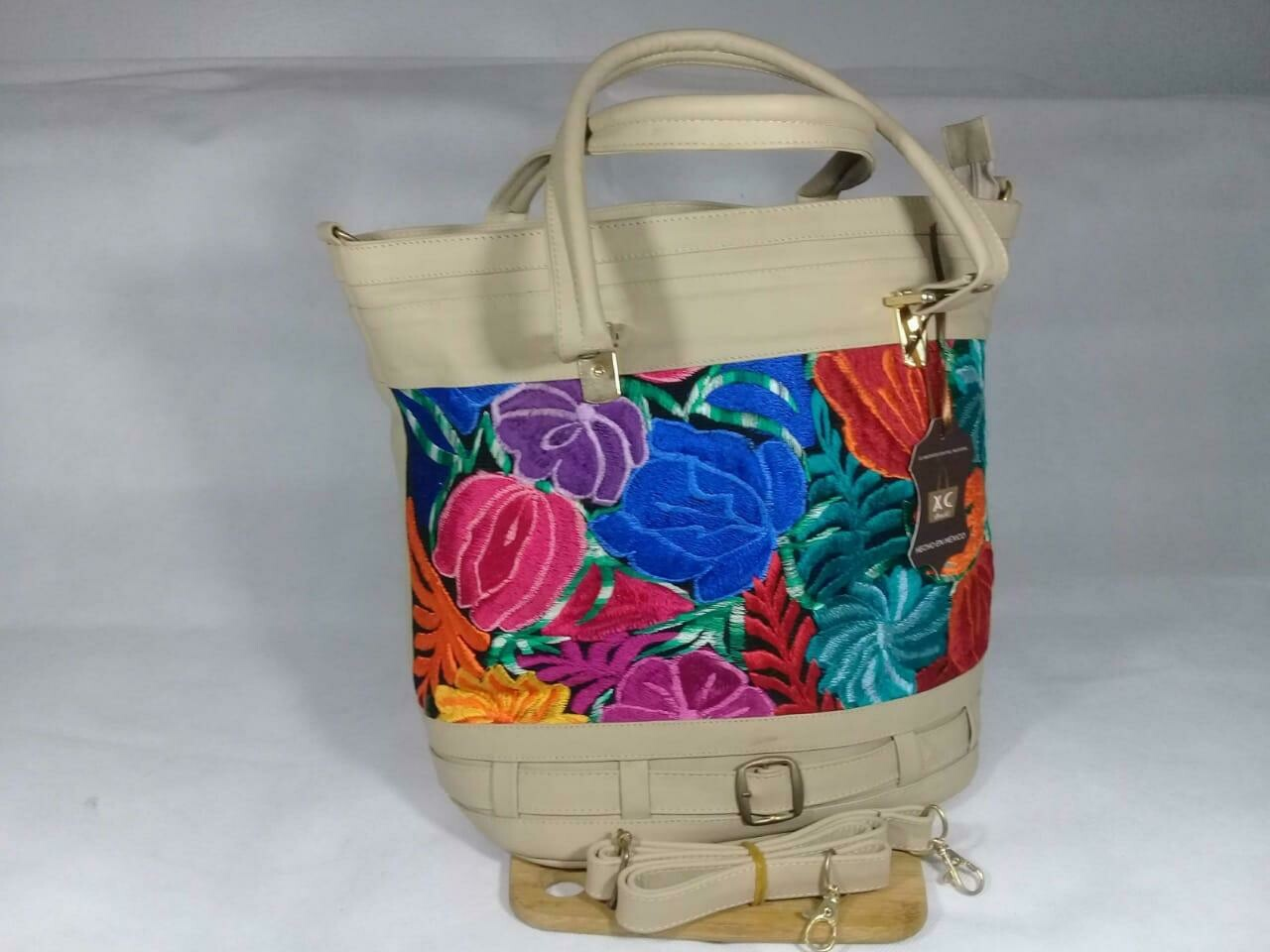 HANDBAG LEATHER BEIGE EMBROIDERED