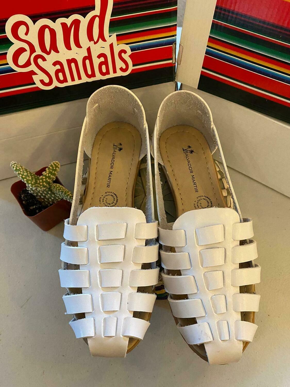 068-06 SANDALS CLOSE WHITE
