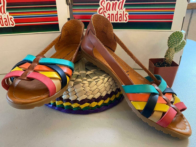 069-05 Sandals Colors