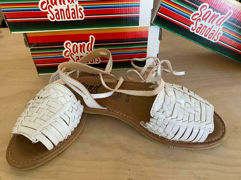 910-01 LU Sandal White