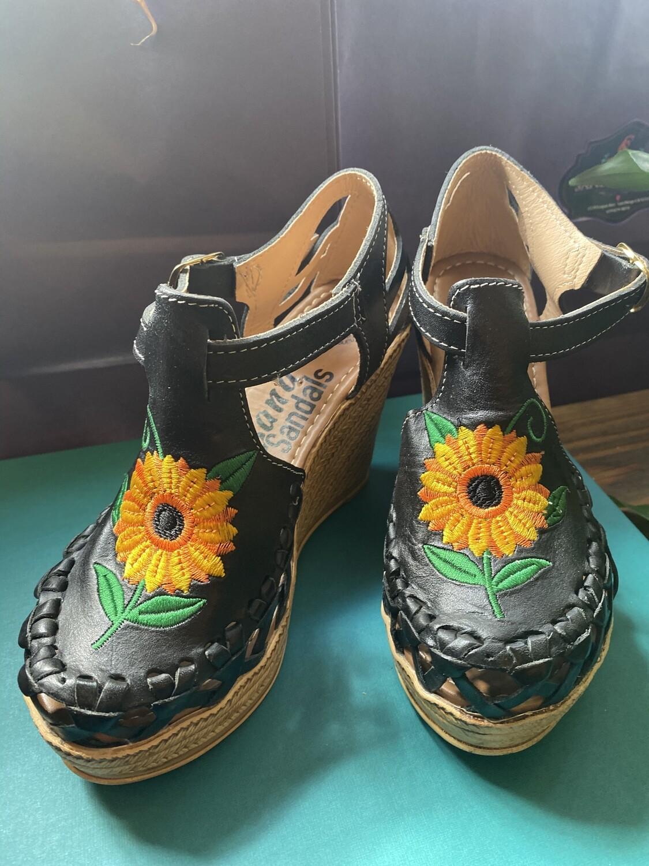 906-02 Black Sunflower Wedge