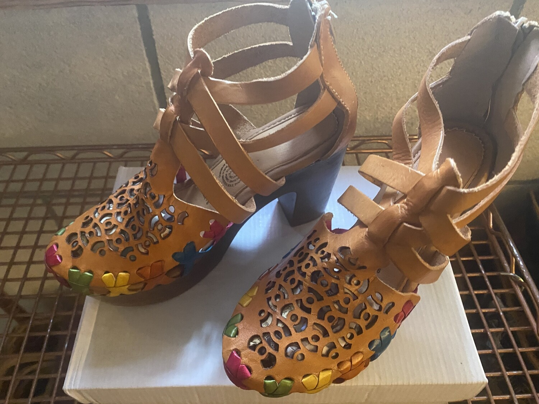 980 Sandcolors Chunky Heel