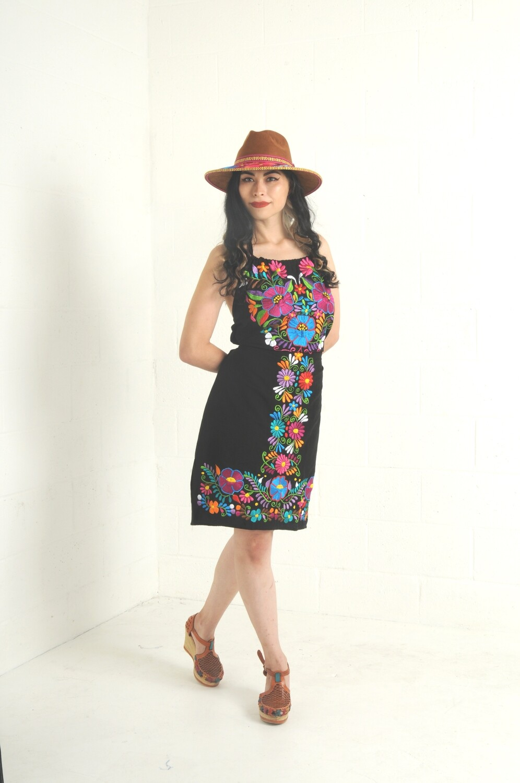 Halter Dress Cruzecita