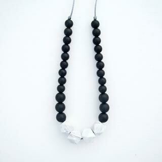 Loulou Lollipop Marble silicone Teething Necklace -Black