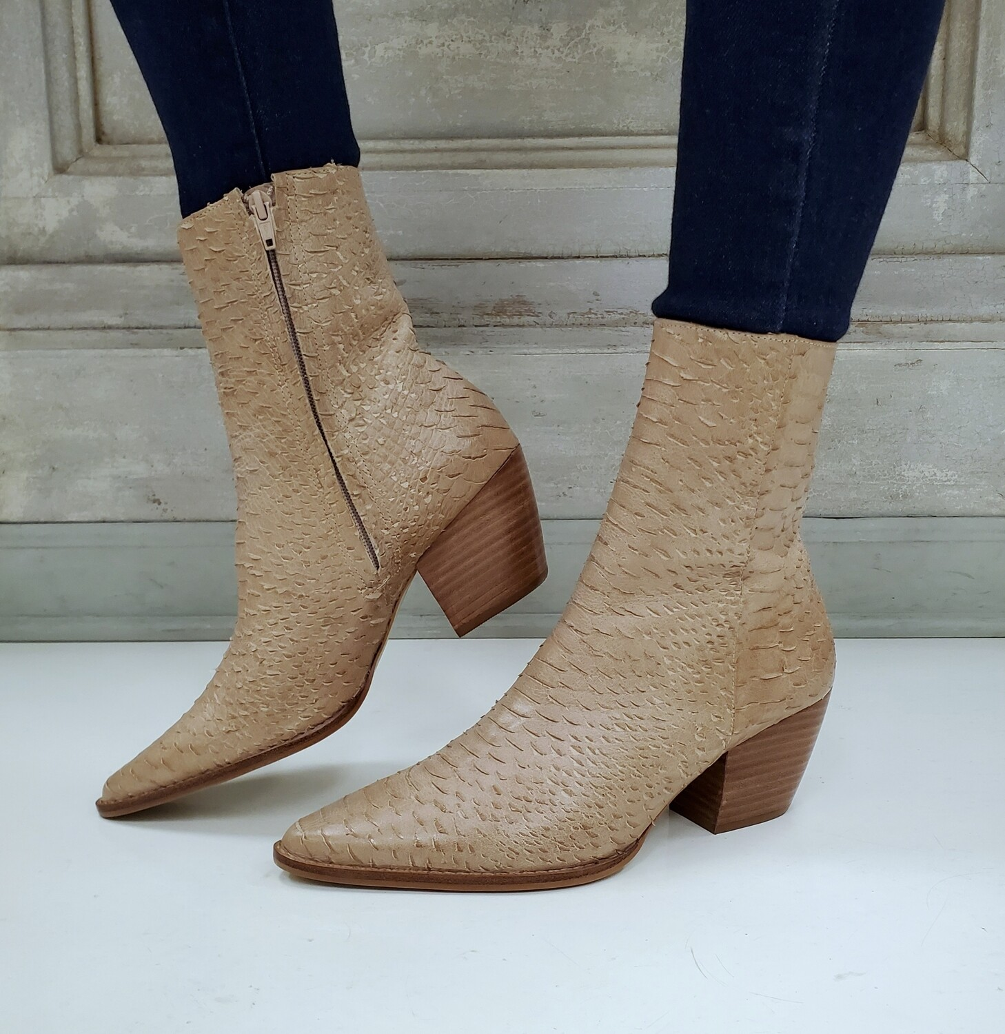 Tan Snake Caty Boots