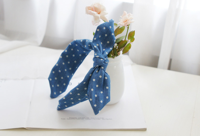 Denim polka dots headband with bow