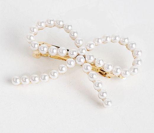 White pearls bow hair barrette