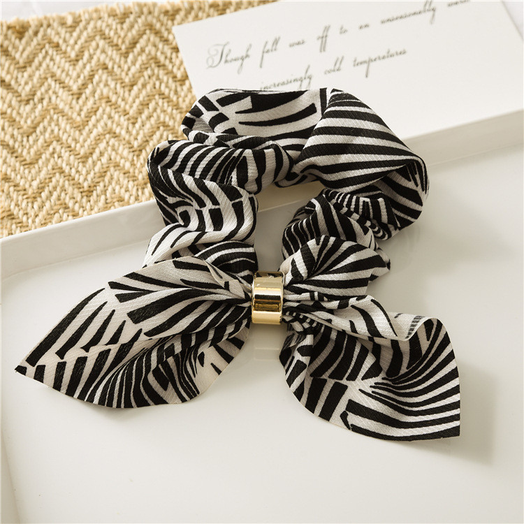 Buckle scrunchies with bow