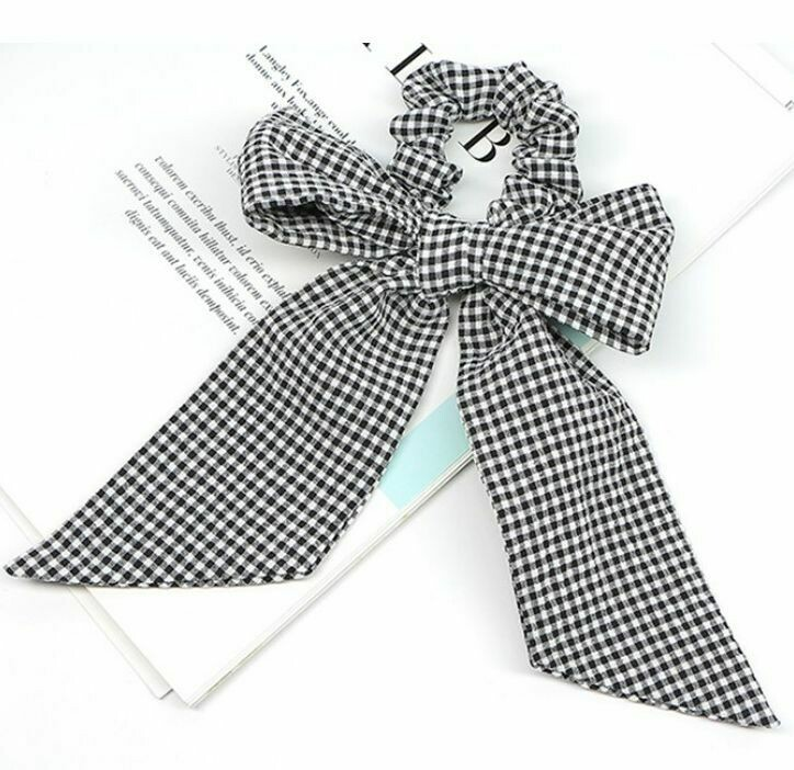 Gingham scrunchies with large bow