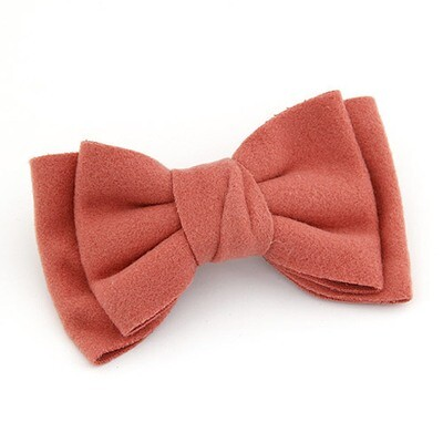 Pretty bow hair barrette