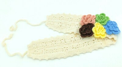 Crochet headband with flowers