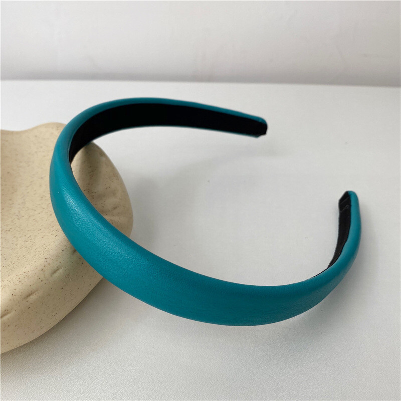 2cm-wide thinly padded leather headband